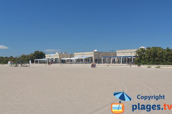 Restaurant sur le bord de la plage de Pinedo - Valence