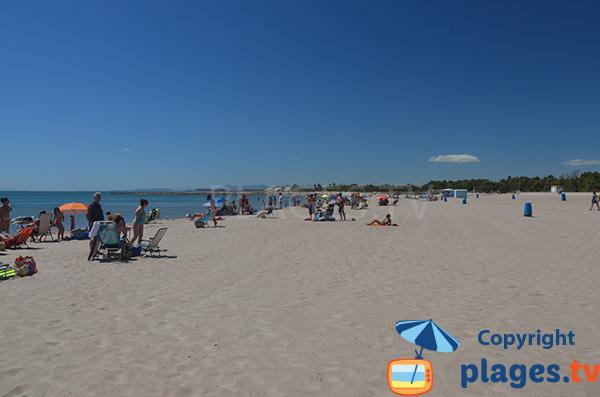 Plage de sable blanc à Valence - Pinedo