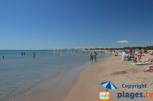 Baignade en pente douce à Valence sur la plage de Pinedo