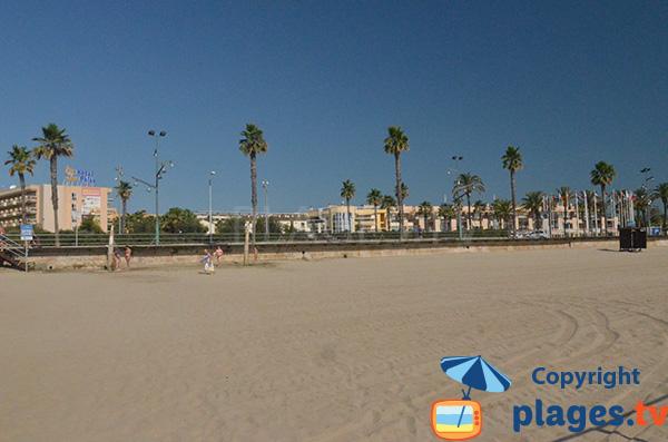 Bord de mer de Playa de Pineda à proximité de Salou
