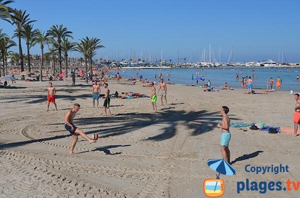 Plage d'Es Arenal au niveau du port - Majorque - Baléares