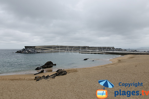 Digue autour de la plage du Port de Mutriku