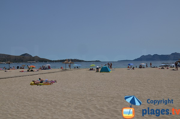 Baie de Pollença entre les caps de Formentor et d'Es Pinar