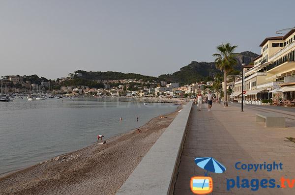 Plage de Port Soller et promenade piétonne - Majorque