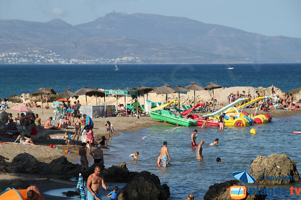 Extrémité de la plage de Portitxol à L'Escala - Espagne