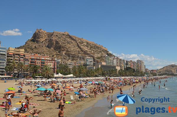 Photo de la plage de Postiguet à Alicante en Espagne