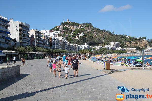 Esplanade le long de la plage de Blanes - Espagne