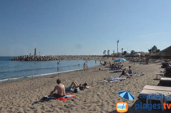 Plage de Puerto Banus côté marina - Marbella