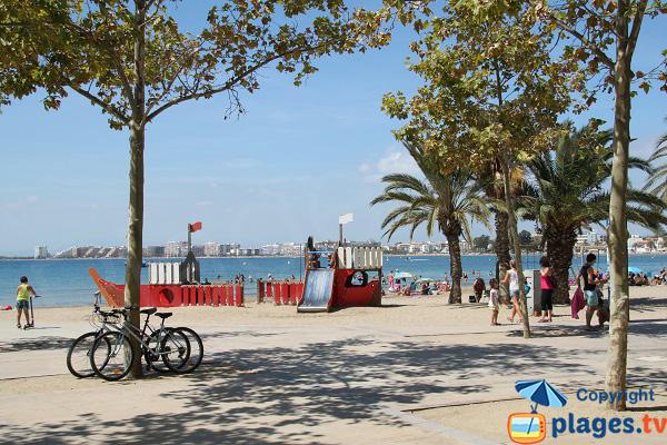 Photo de la plage de la Punta à Roses