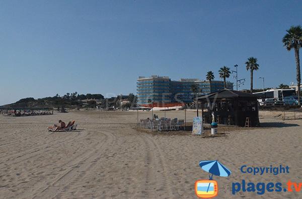 Paillote sur la plage de Raco - Playa de la Pineda