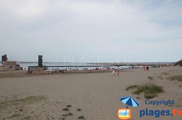 Plage sur le côté - Raco - Playa de la Pineda