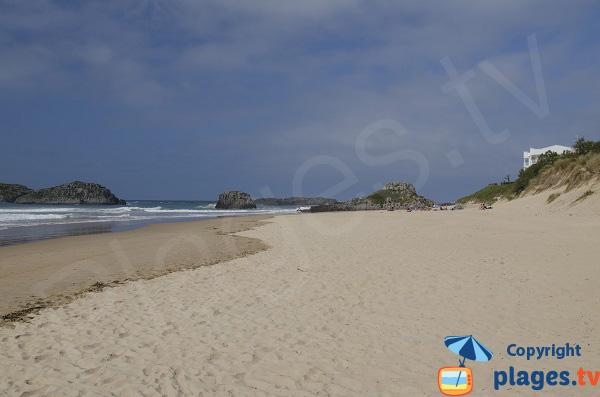 Partie Est de la plage de Ris à Noja - Espagne