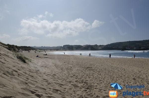 Ouest de la plage de Ris à Noja
