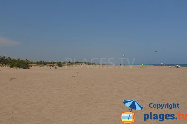 Plage naturiste de Sant Pere Pescador en Espagne sur la Costa Brava