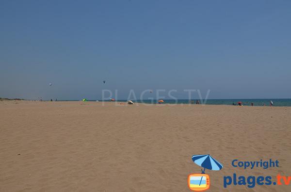 Photo de la plage naturiste de Sant Pere Pescador en Espagne