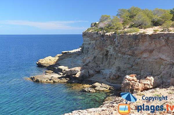 Photo de la plage au niveau de la Punta Galera à Ibiza