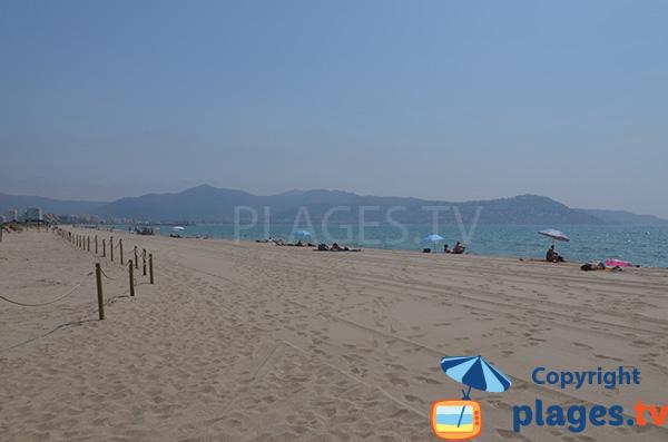 Photo de la plage de la Rubina à Empuriabrava