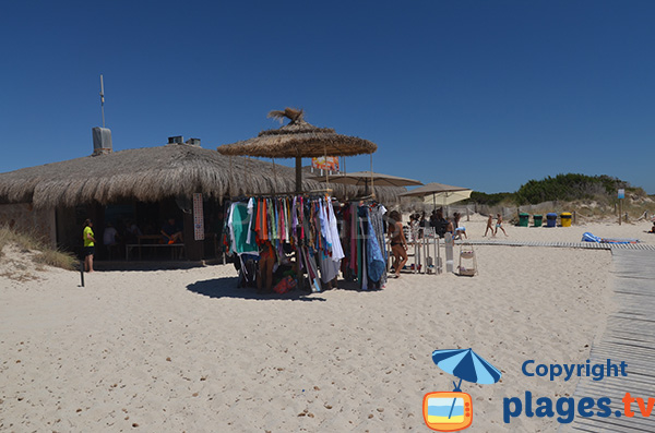 Magasin sur la plage de S'Arenal à Ses Covetes