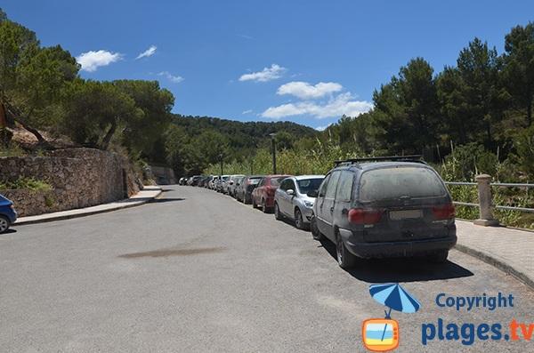 Parking de la plage de S'Arenal Petit à Portinatx