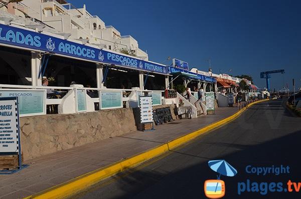 Restaurants du port de San José en Espagne