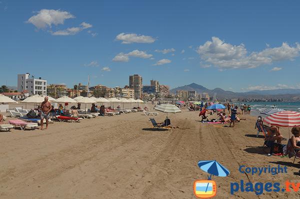 Plage privés sur la plage d'Alicante