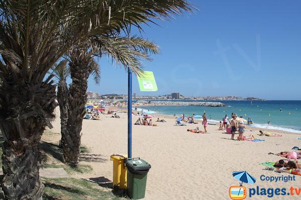 Grande plage de sable à Sant-Antoni de Calonge - Costa-Brava