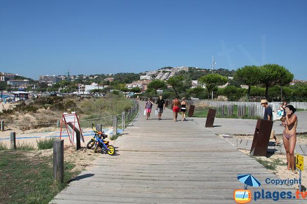 Dunes de la plage de Sant Pol et promenade - Sant Feliu de Guixols