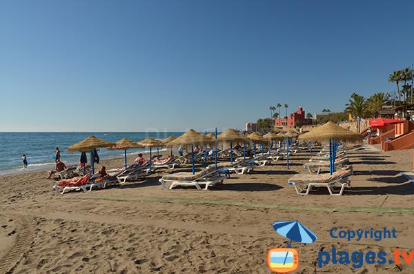 Plage privée sur la plage de Santa Ana - Benalmadena