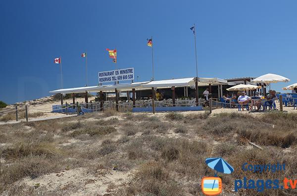 Restaurant sur la plage de Ses Illetes à Formentera