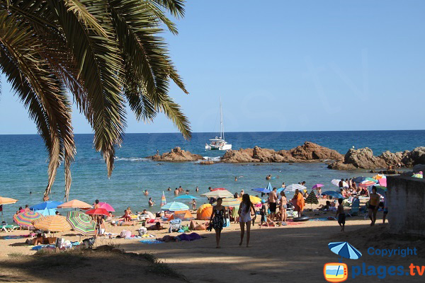 Accès à la plage de Santa Christina