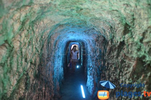 Tunnel de la plage du Torrent Pareis de Sa Calobra à Majorque