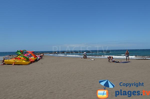 Pédalos sur la plage de Troya - Playa Las Americas - Tenerife