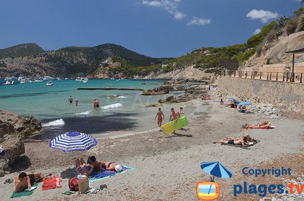 Plage de Ses Dones à Es Camp de Mar à Majorque - Baléares