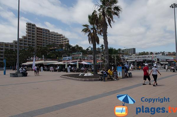 Bord de mer à côté de la plage de Playa del Ingles - Grande Canarie