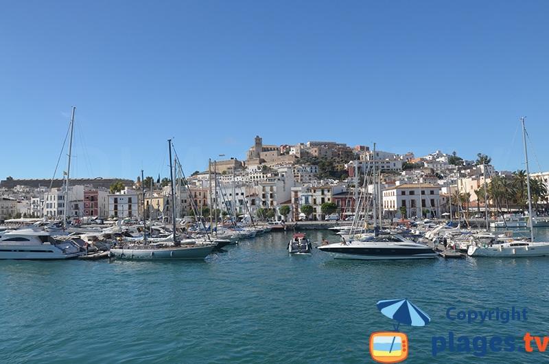 Port et vieille ville d'Ibiza