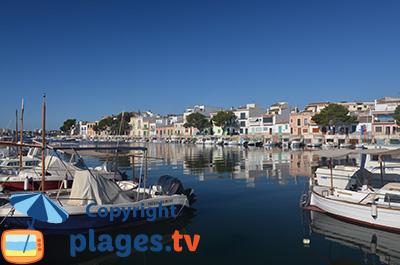 Port de Portocolom à l'est de Majorque