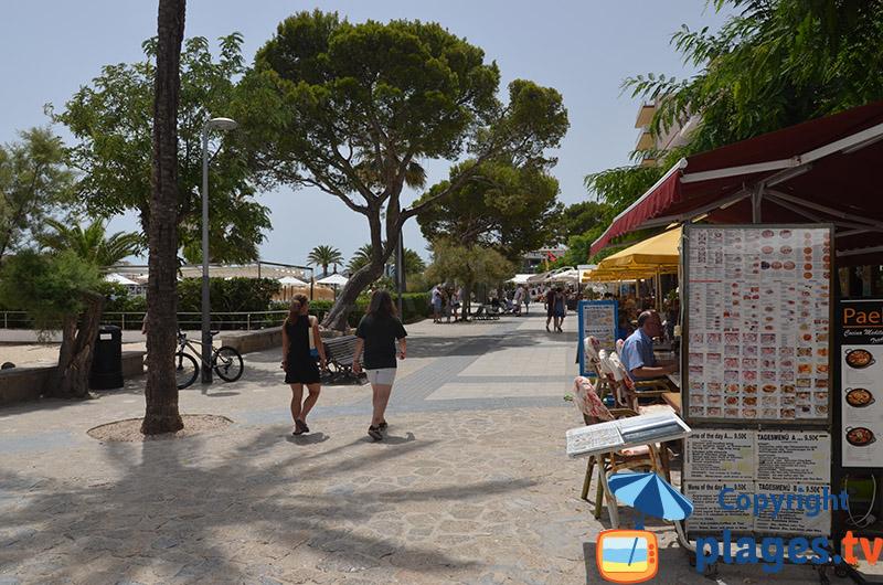 Restaurants en bord de mer à Port Pollença