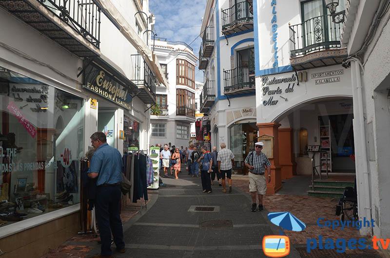 Ruelle dans la vieille ville de Nerja - Andalousie
