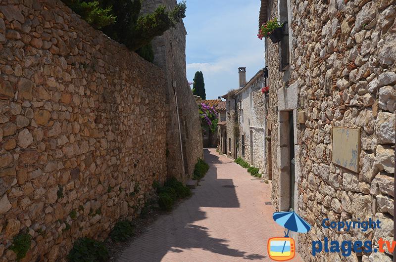Ruelles et jolies maisons de Sant Marti d'Empuries