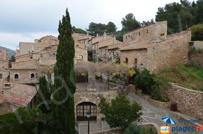 Ruelle dans la vieille ville de Tossa de Mar