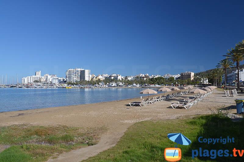 Sant Antoni de Portmany depuis la plage