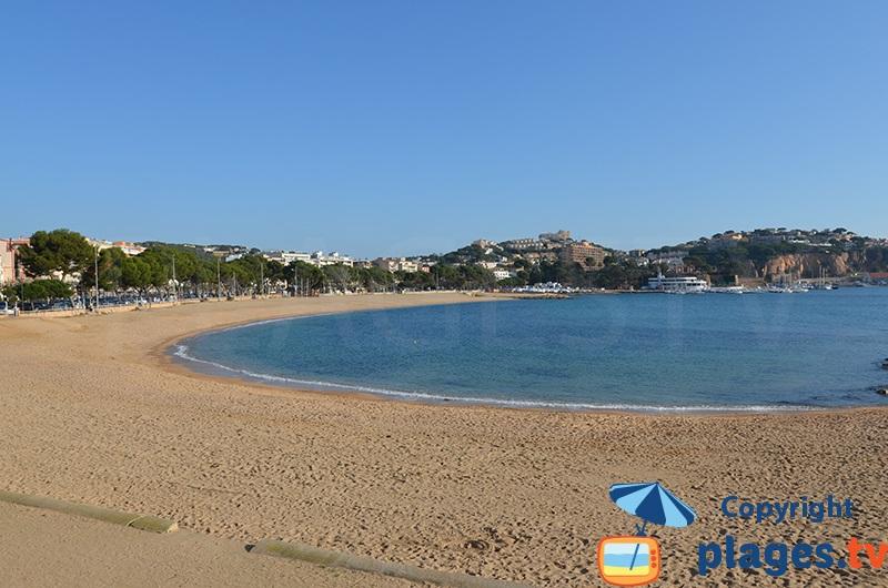 Grande plage et front de mer de Sant Feliu de Guixols