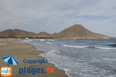 Belle plage à San José en Espagne