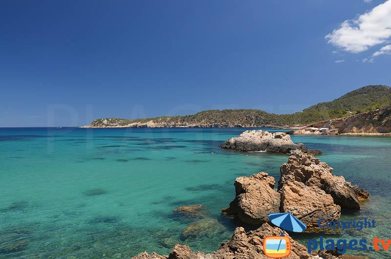 Xarraca - une petite crique sauvage au nord d'Ibiza