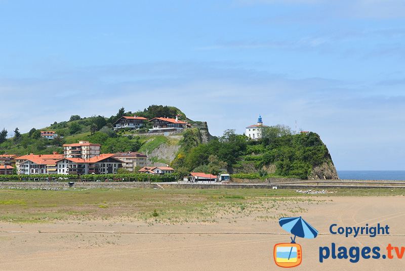 Le village de Zumaia dans le pays basque espagnol